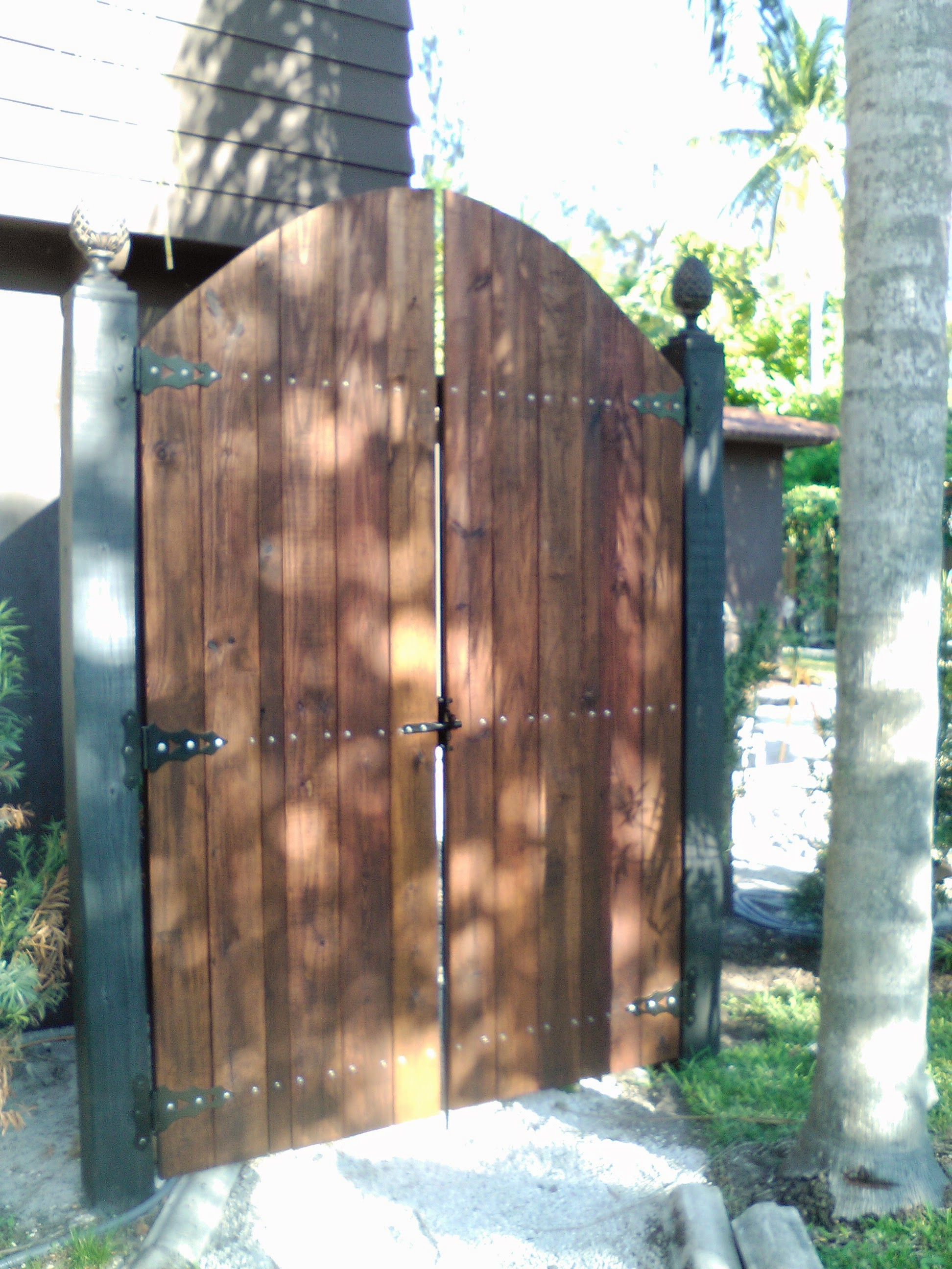 fencing installation in broward county with gate