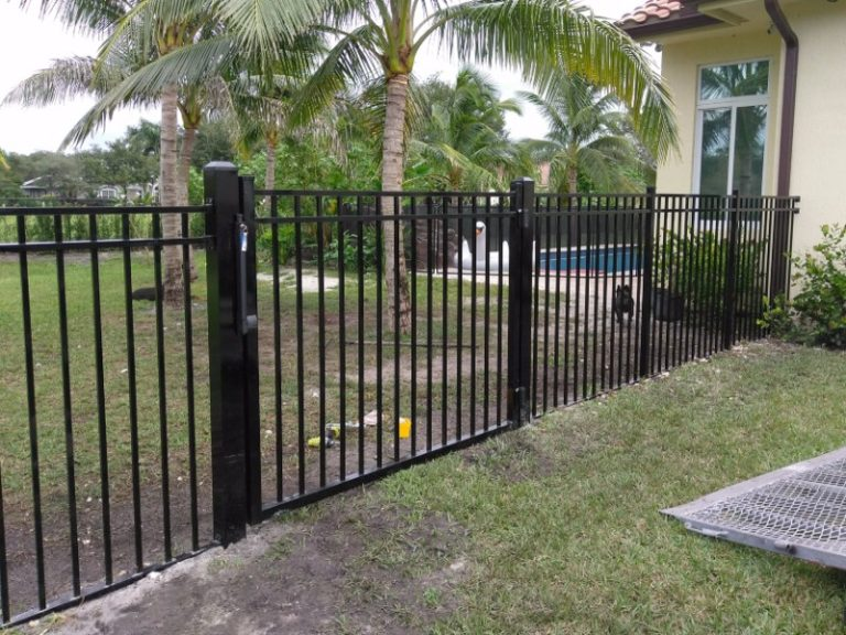 powder coated metal fence