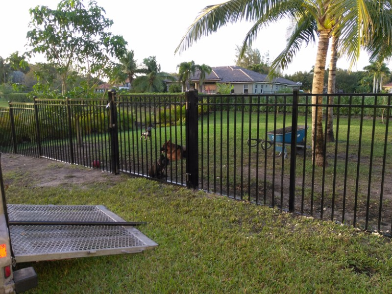 Aluminum Fencing in Fort Lauderdale - Broward County Fence & Pergola