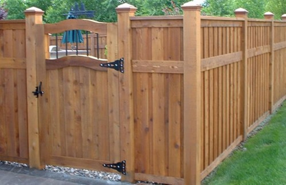 Wood Fence Designs And Their Uses Broward County Fence Adorable Backyard Fence Design