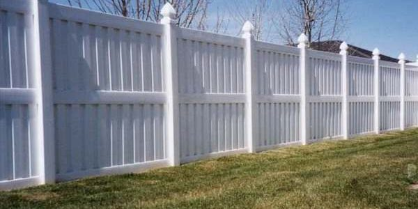 White+Panel+Privacy-
